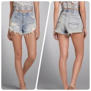 Abercrombie & Fitch High-Rise Festival Shorts